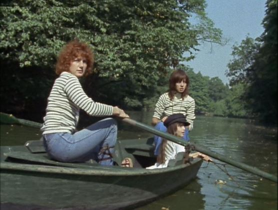 Céline and Julie finally go boating (dressed identically, note)